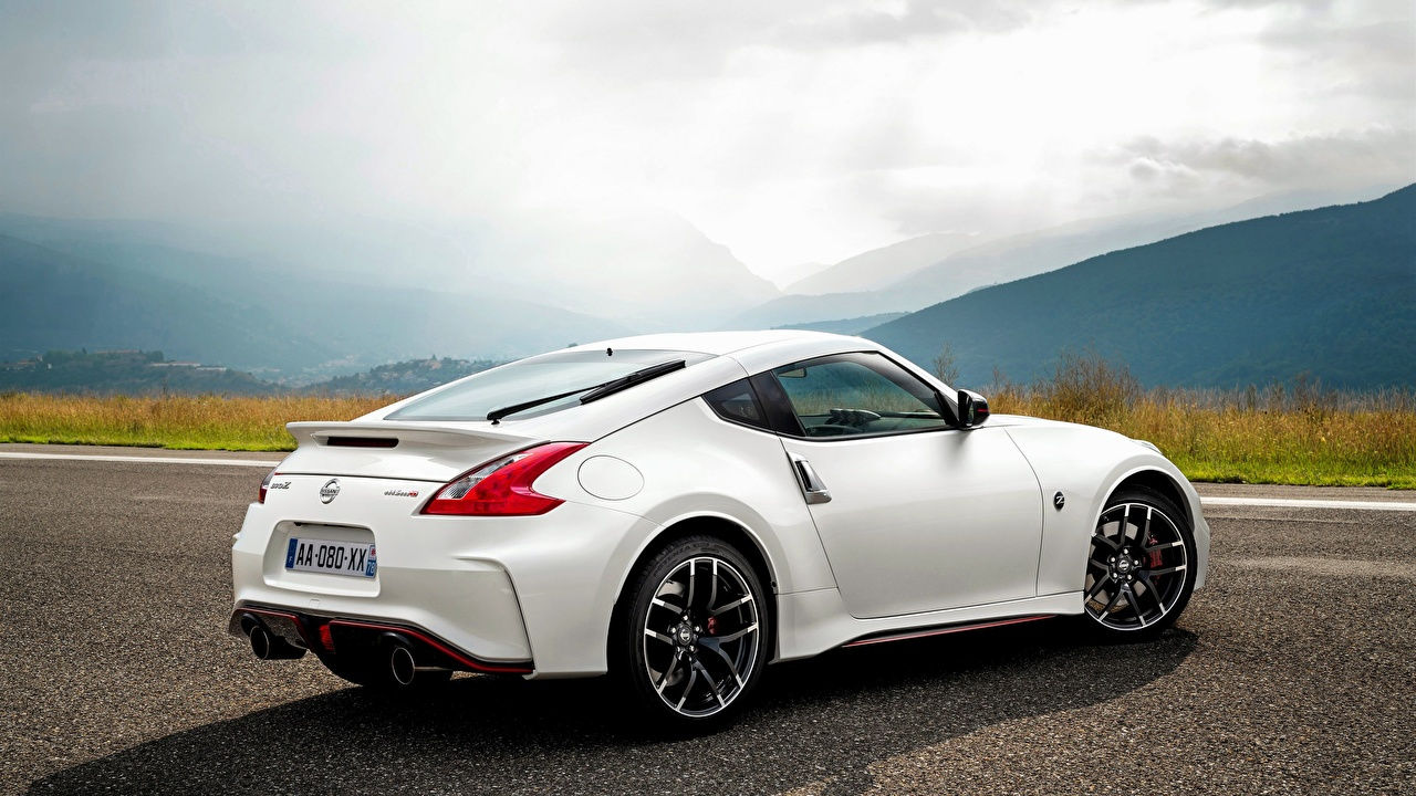 Pictures Nissan 370Z White Cars Back view auto automobile