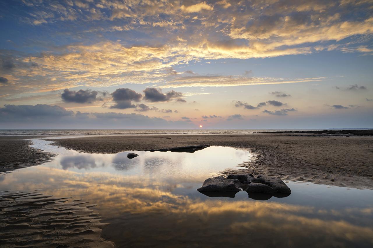 Bilder Natur Vereinigtes Königreich Dunraven Bay Strand Wales Himmel Landschaftsfotografie Sonnenaufgänge und Sonnenuntergänge Steine Wasser Küste Wolke Strände