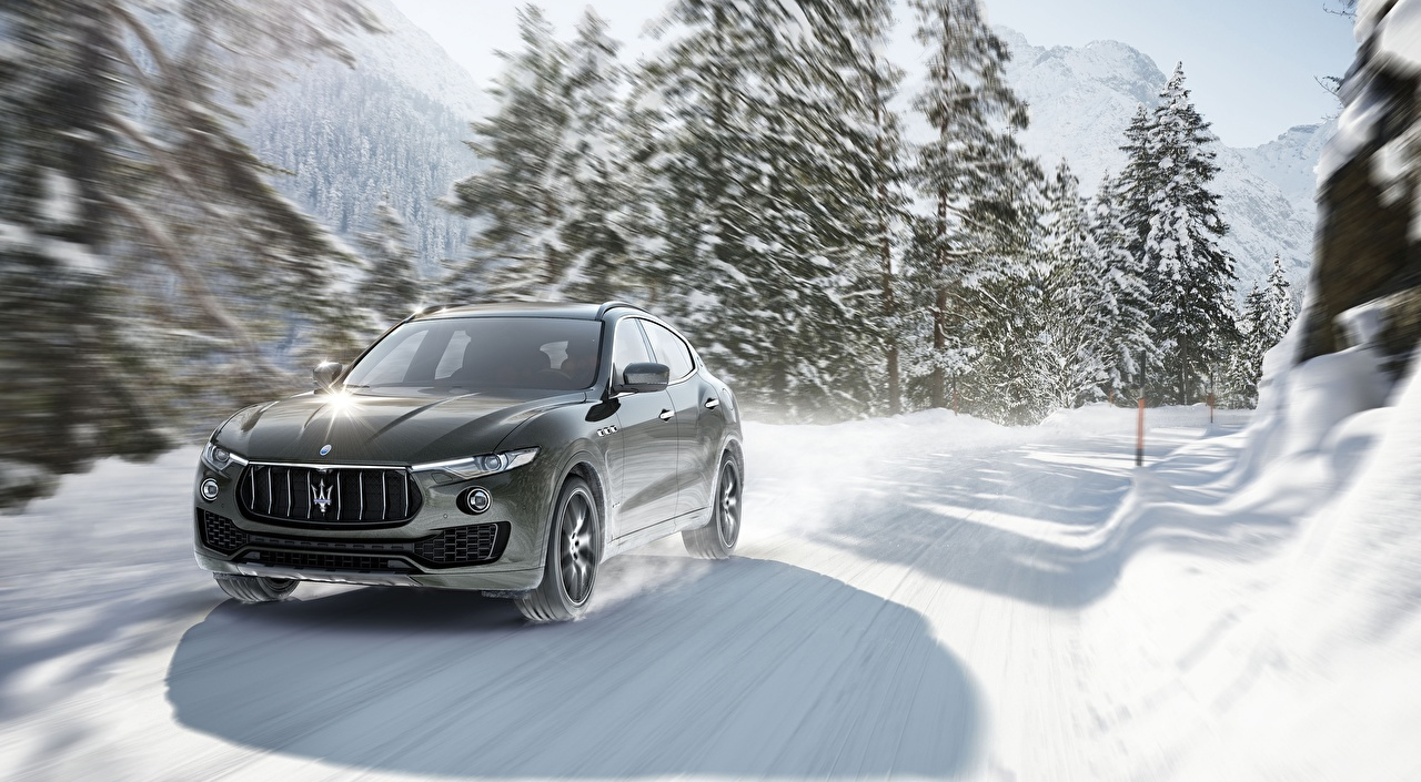 Picture Maserati blurred background Winter Snow Roads at speed auto Bokeh moving riding Motion driving Cars automobile