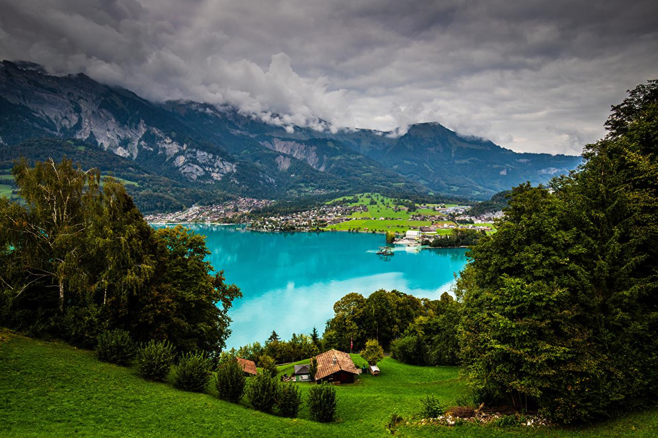Картинки Альпы Швейцария Brienzer See гора Природа Озеро облако альп Горы Облака облачно