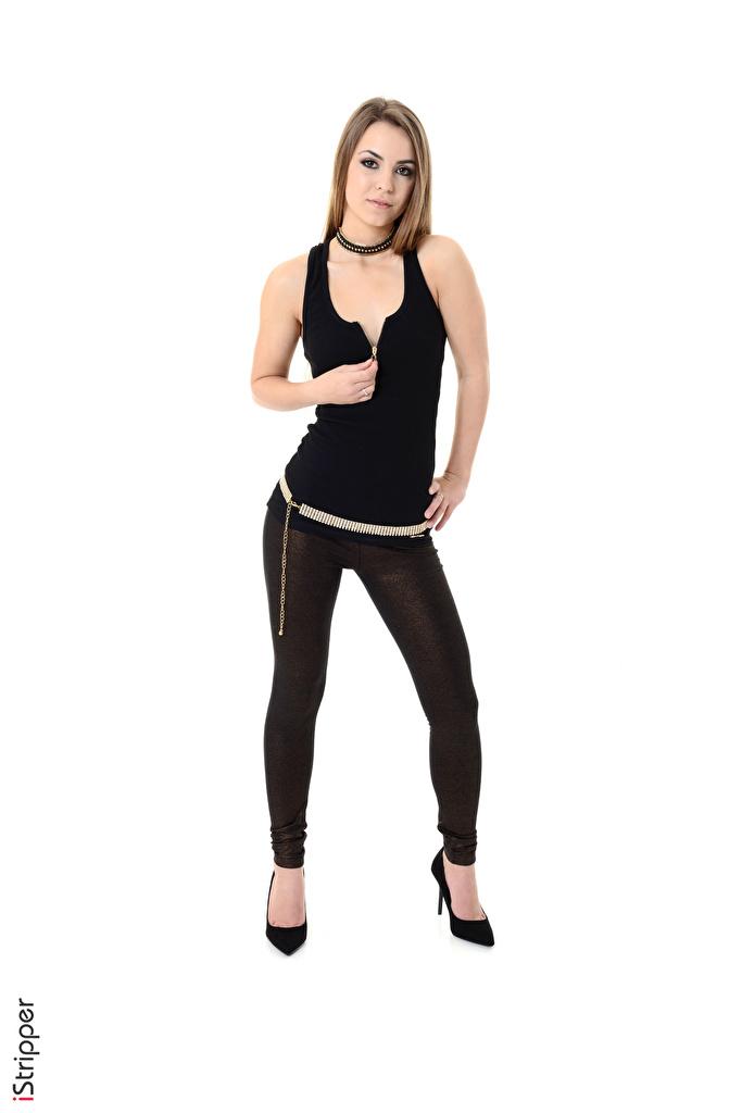 Bilder von Randy Ayn Braune Haare iStripper posiert Mädchens Bein Hand Weißer hintergrund Stöckelschuh  für Handy Braunhaarige Pose junge frau junge Frauen High Heels