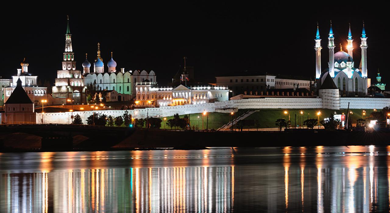 Foto Kirche Moschee Russland Kazan, Volga, Tatarstan Nacht Fluss Städte Kirchengebäude Flusse
