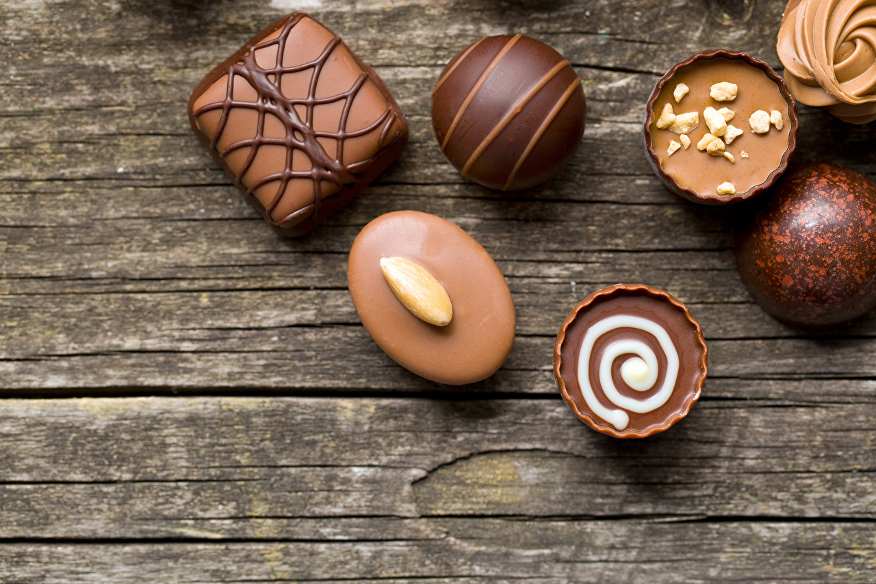 Image Chocolate Candy Food Sweets Wood planks confectionery boards