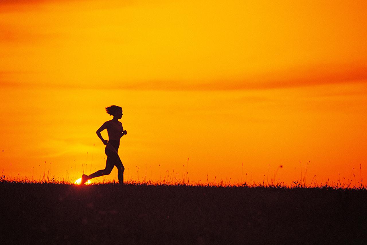 壁紙 フィットネス 朝焼けと日没 ランニング シルエット スポーツ 少女 ダウンロード 写真