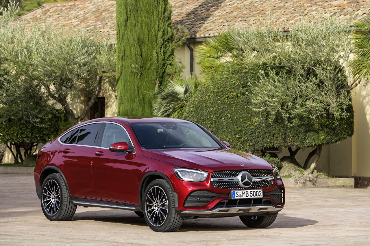 Mercedes-Benz_Wine_color_Coupe_Metallic_565701_1280x853.jpg