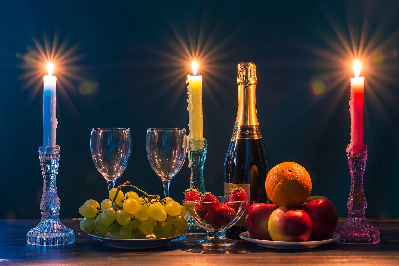 Pictures Sparkling wine flame Apples Grapes Strawberry Food Fruit Bottle Candles Stemware Champagne Fire bottles