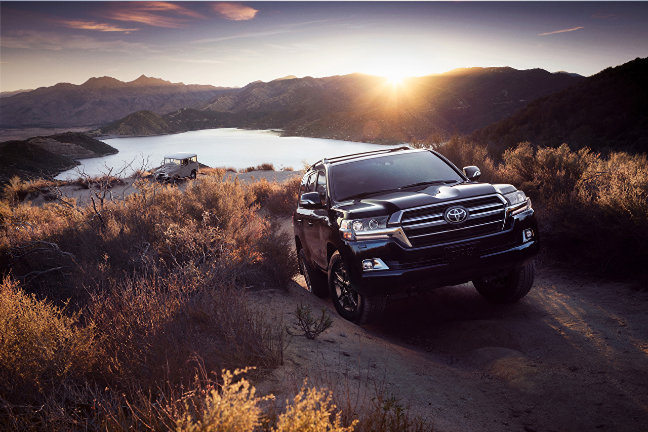 Images Toyota Sport utility vehicle 2020 Land Cruiser Heritage Edition Black Front Metallic automobile SUV auto Cars