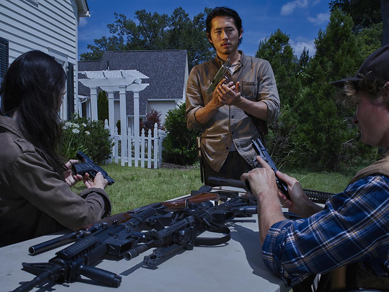 Wallpaper The Walking Dead Tv Steven Yeun Pistol Man Glenn Film