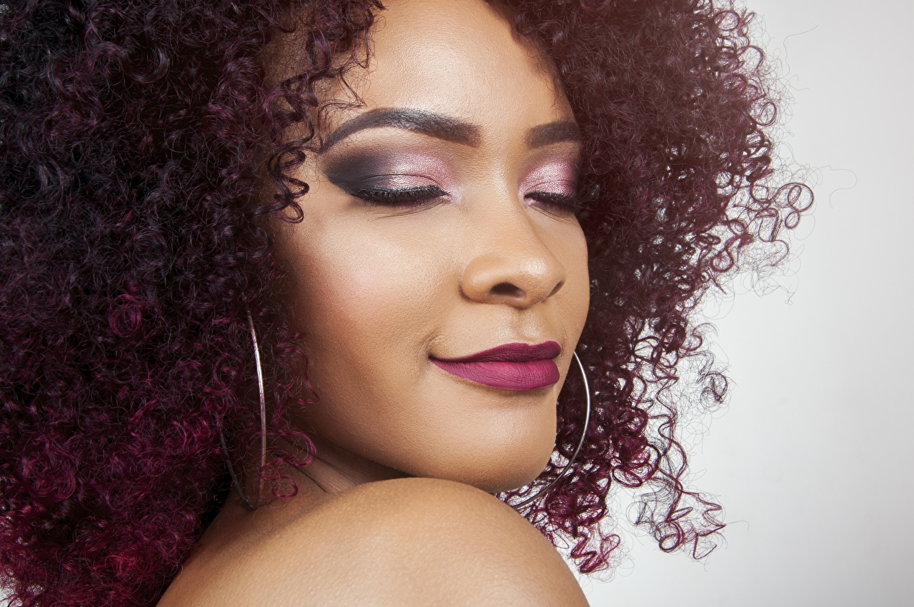 Images Makeup curls Face Hair Girls Negroid Closeup Curly female young woman