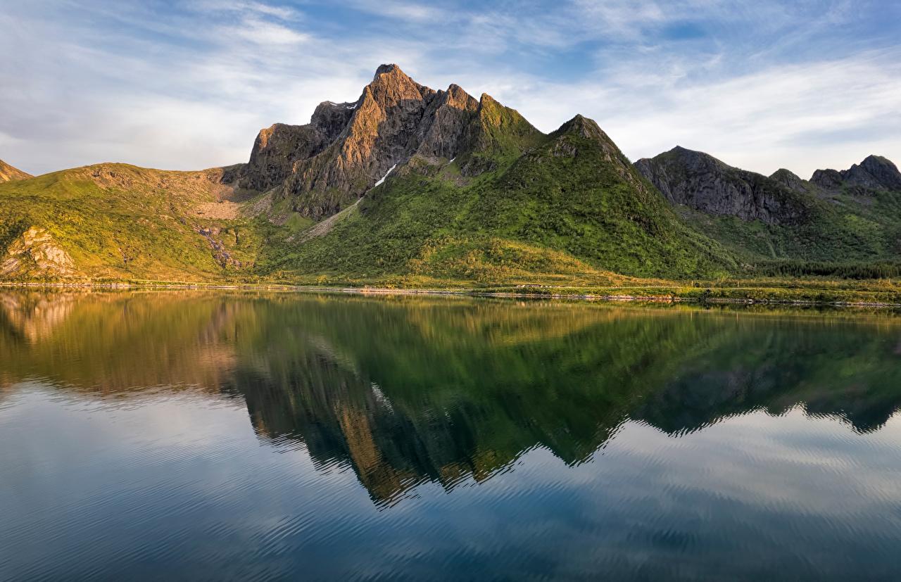 Desktop Hintergrundbilder Lofoten Norwegen Stauren Fjord Natur Gebirge spiegelt Berg Reflexion Spiegelung Spiegelbild