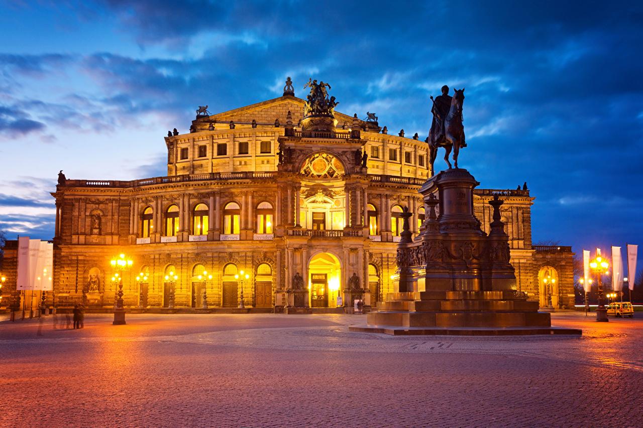 Fotos von Dresden Deutschland Denkmal Platz Abend Straßenlaterne Haus Städte Gebäude