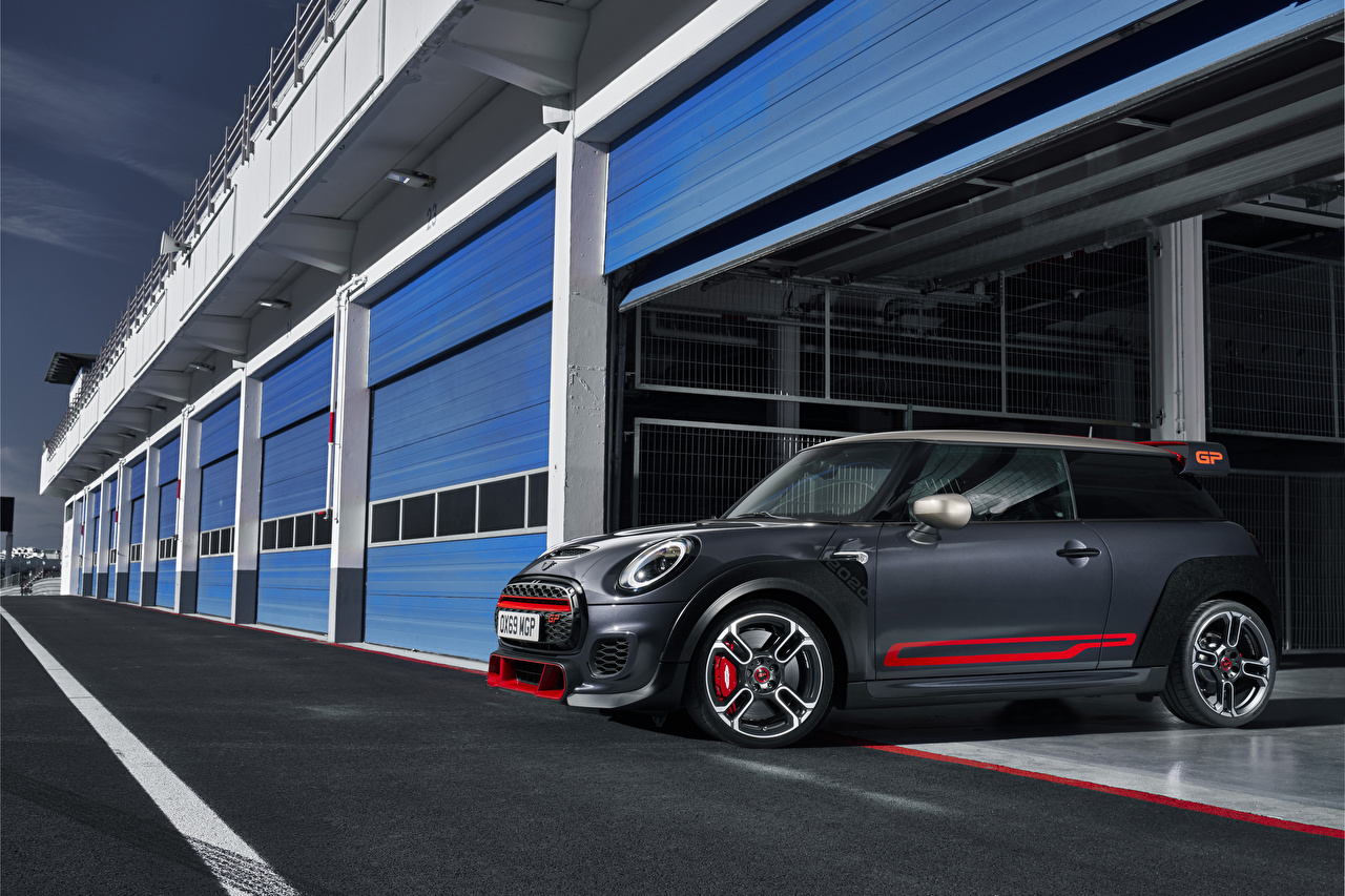 Bilder Mini 2020 John Cooper Works GP Worldwide Grau Autos graue graues auto automobil
