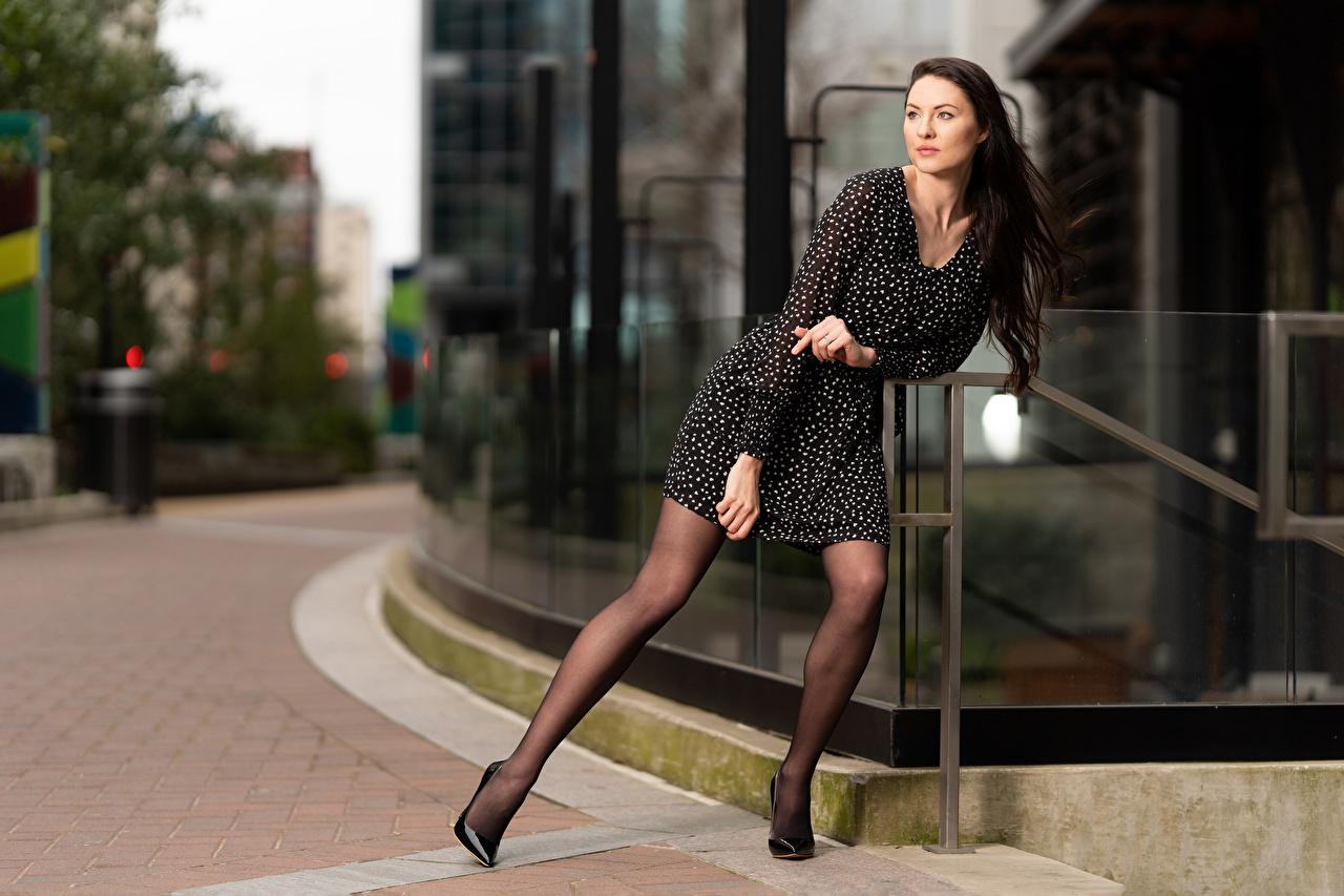 Fotos Natalia Larioshina Model unscharfer Hintergrund Pose junge Frauen Kleid Bokeh posiert Mädchens junge frau