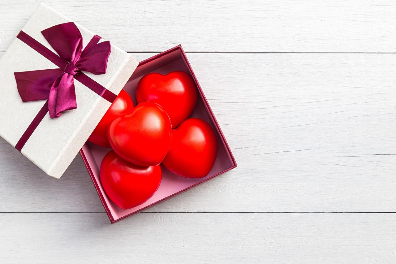 Desktop Hintergrundbilder Valentinstag Herz Schachtel Schleife Vorlage Grußkarte