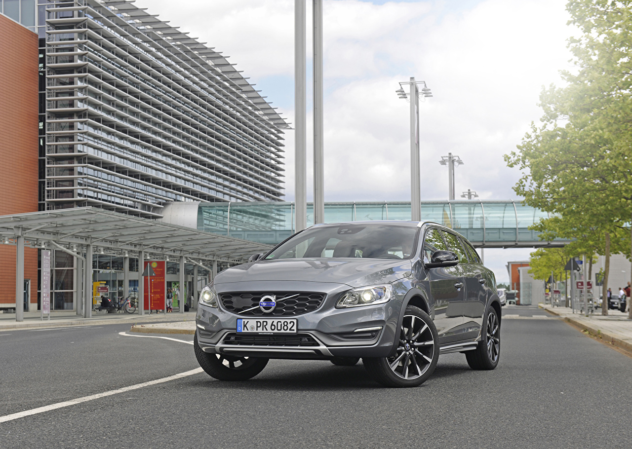 Photos Volvo 2015 V60 Cross Country Grey Cars Front gray auto automobile