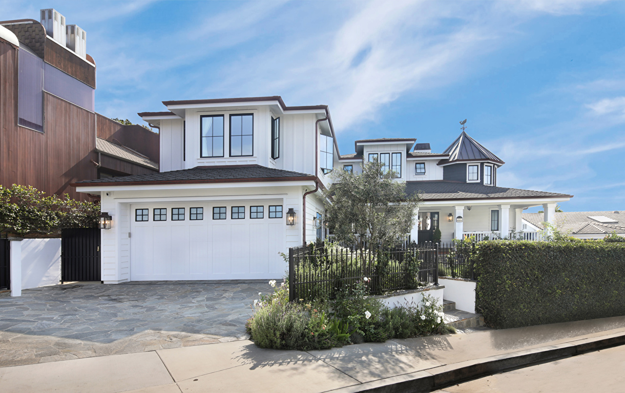 Photo California USA San Clemente Garage Fence Mansion Street lights Cities Building Design Houses