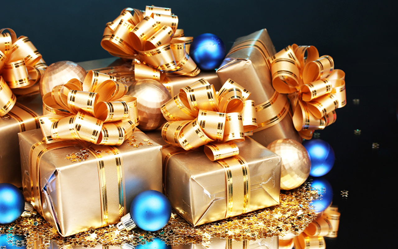 Desktop Wallpapers New year Gold color present Balls Bowknot Holidays Christmas Gifts bow knot