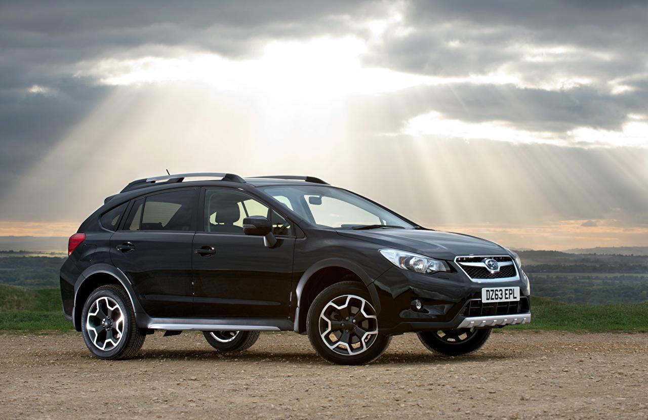 2013 Subaru XV Black Limited Edition Negro Lateralmente Rayos de luz autos, automóvil, automóviles, el carro Coches