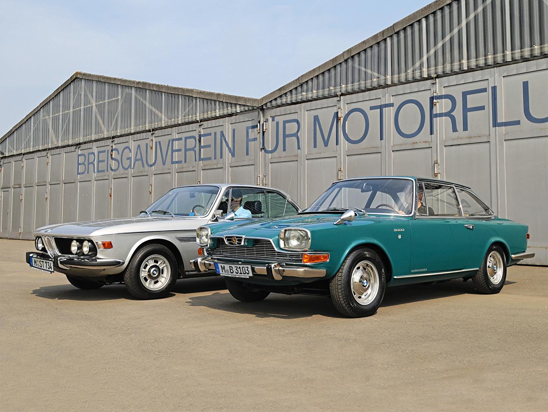 Desktop Wallpapers BMW 2 vintage automobile Two Retro antique Cars auto
