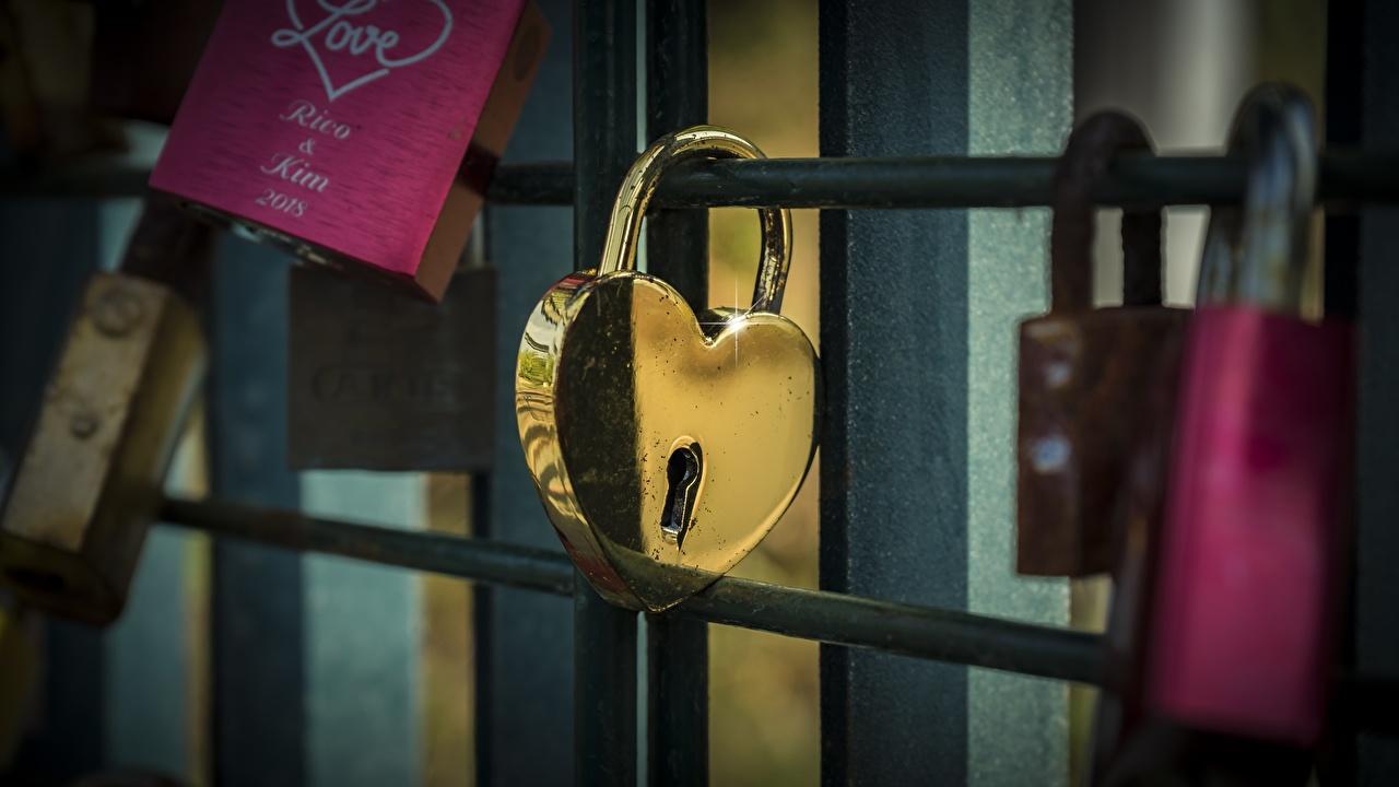 Pictures Heart Padlock Gold color padlocks