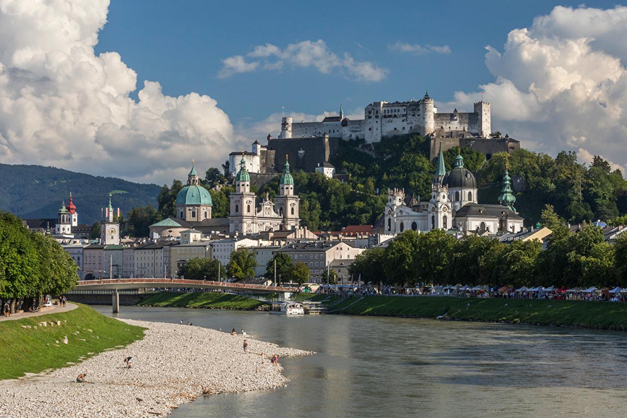 Фотографии Зальцбург Собор Альпы Австрия Горы Мосты замок Реки Города альп мост гора Замки река речка город
