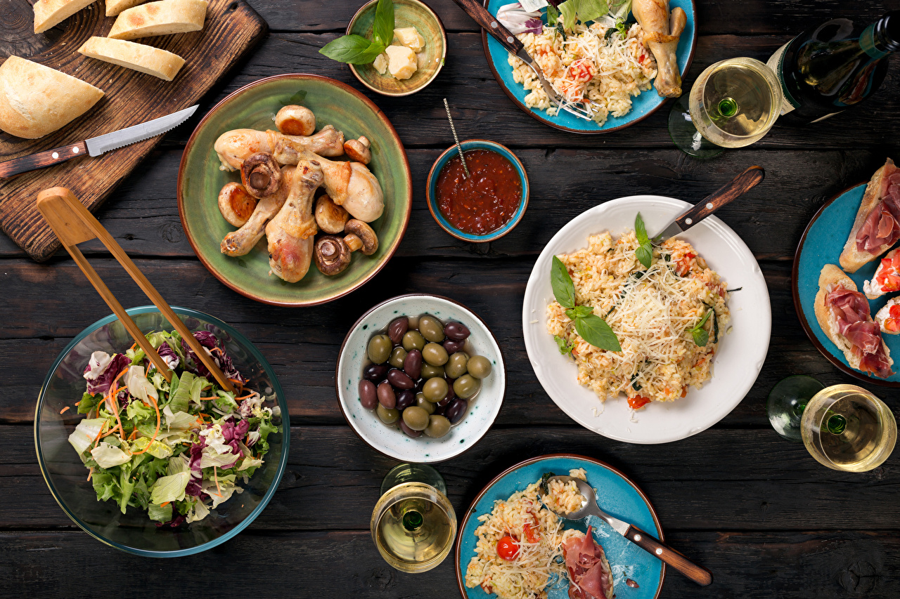 Images Olive Bread Ketchup Roast Chicken Food Salads Table appointments Wood planks Boards