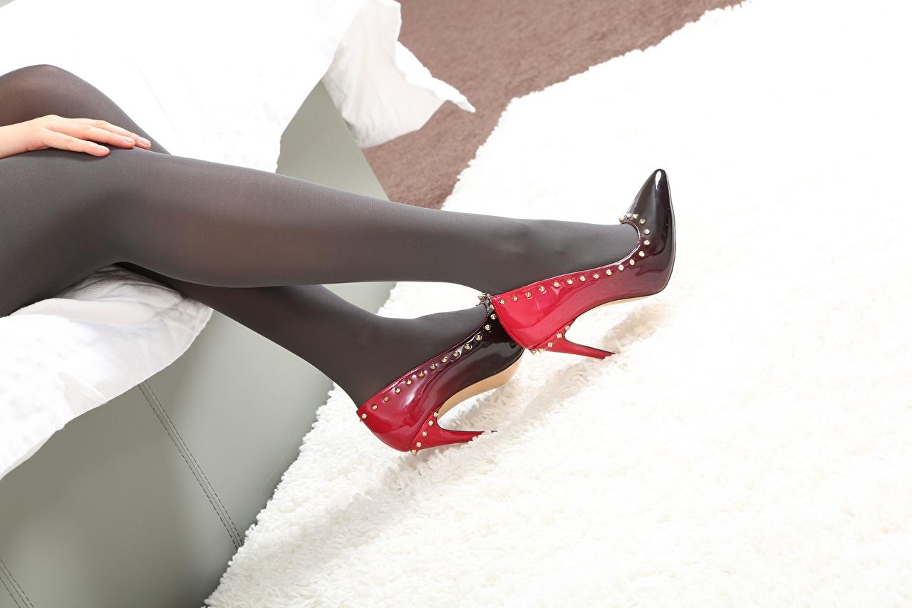 Desktop Wallpapers Pantyhose Girls Legs Closeup high heels female young woman Stilettos