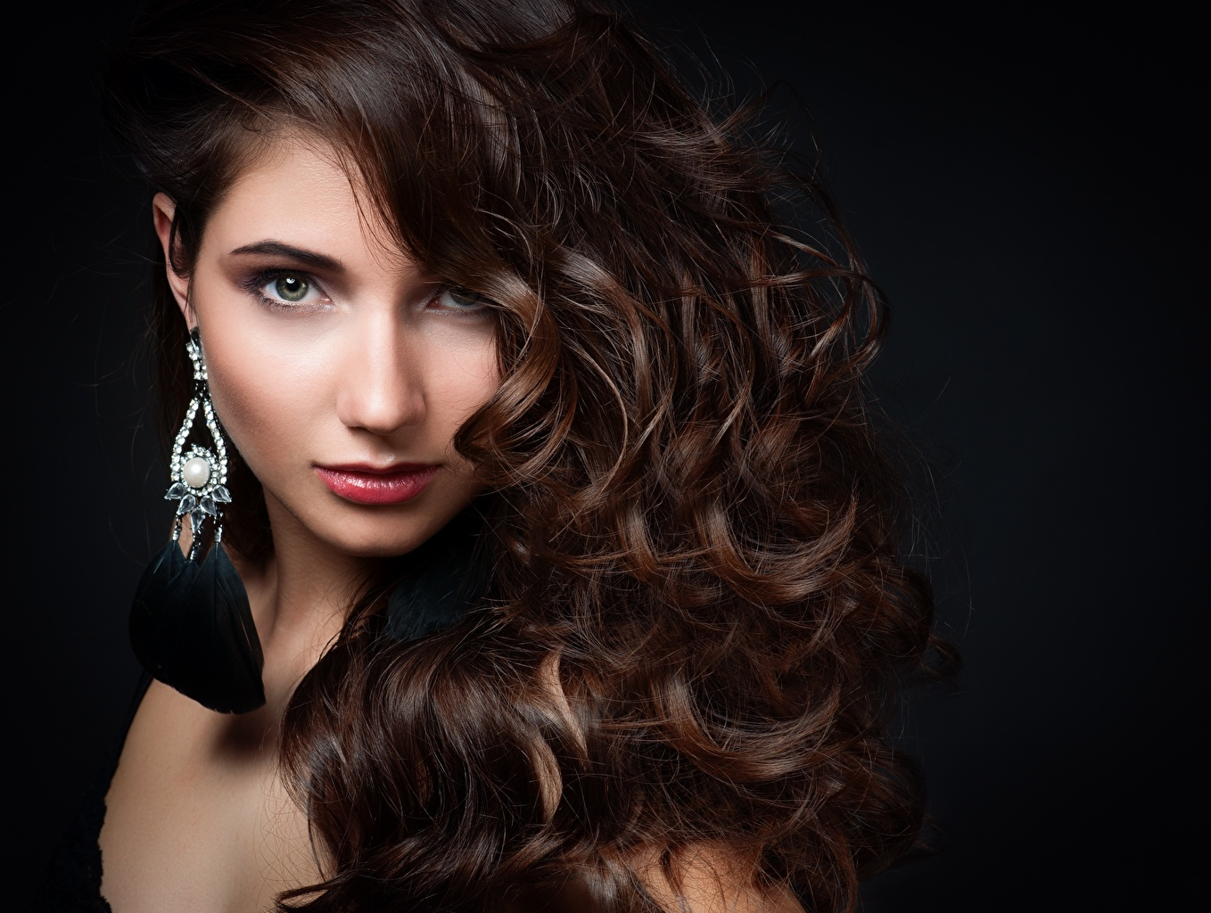 Image Brown haired Modelling Makeup Hairstyle Hair Girls Glance Model hairdo haircut hairstyles female young woman Staring