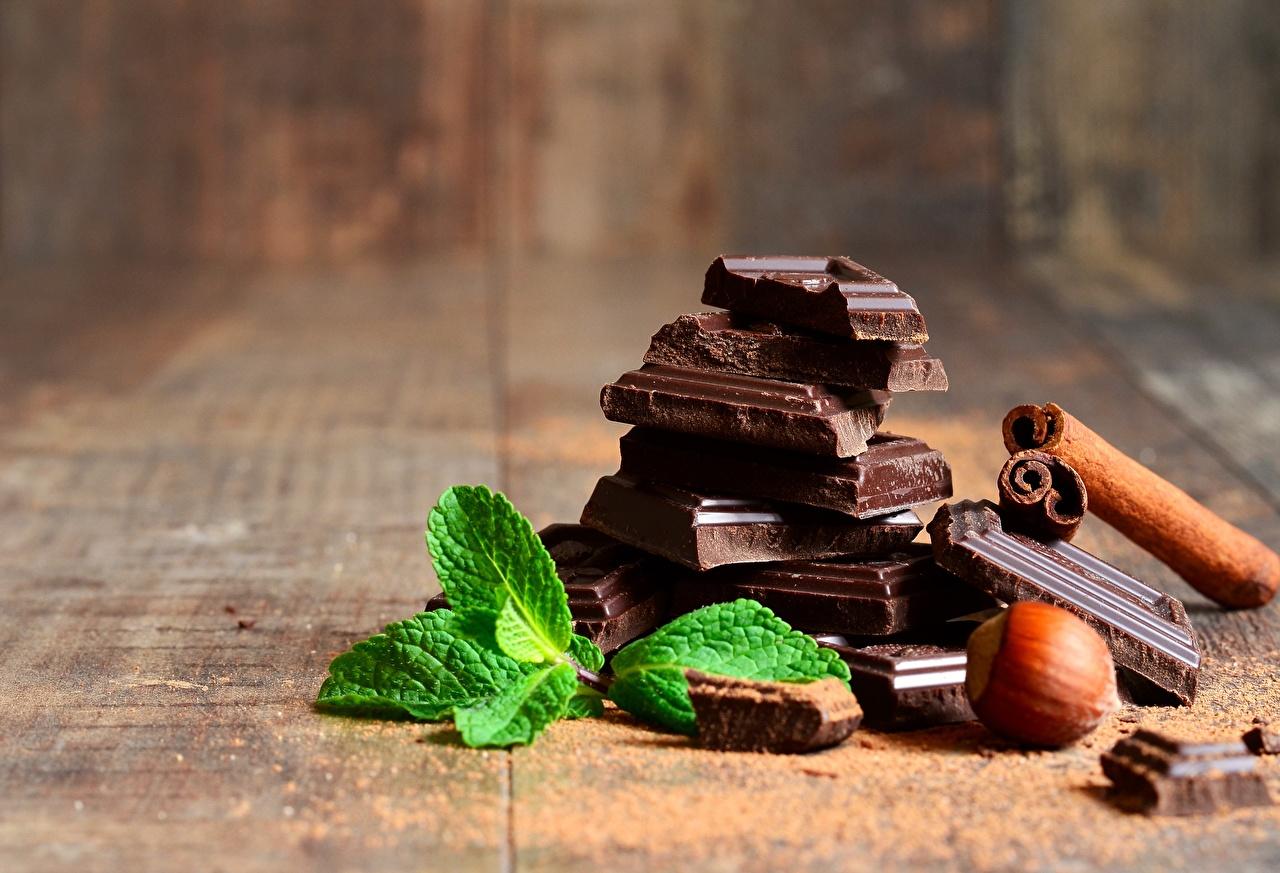 Photos Chocolate Mentha Food Nuts Closeup mint