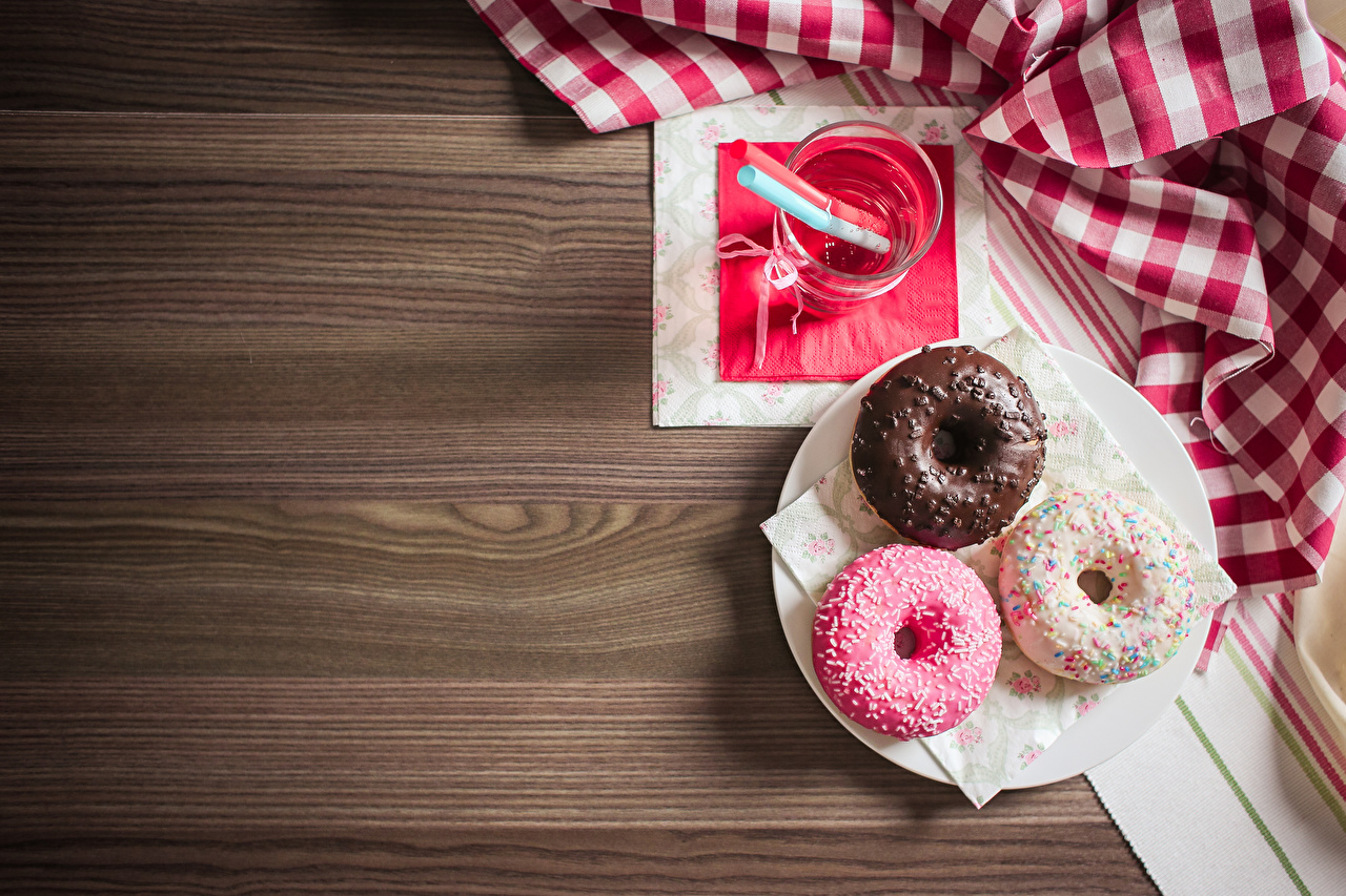 Achtergronden Donuts Drie 3 Voedsel Planken donut spijs