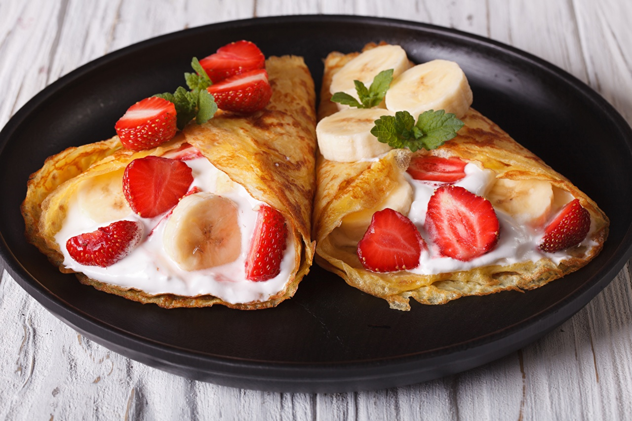 Photo soured cream hotcake Bananas Strawberry Food Plate Sour cream Pancake