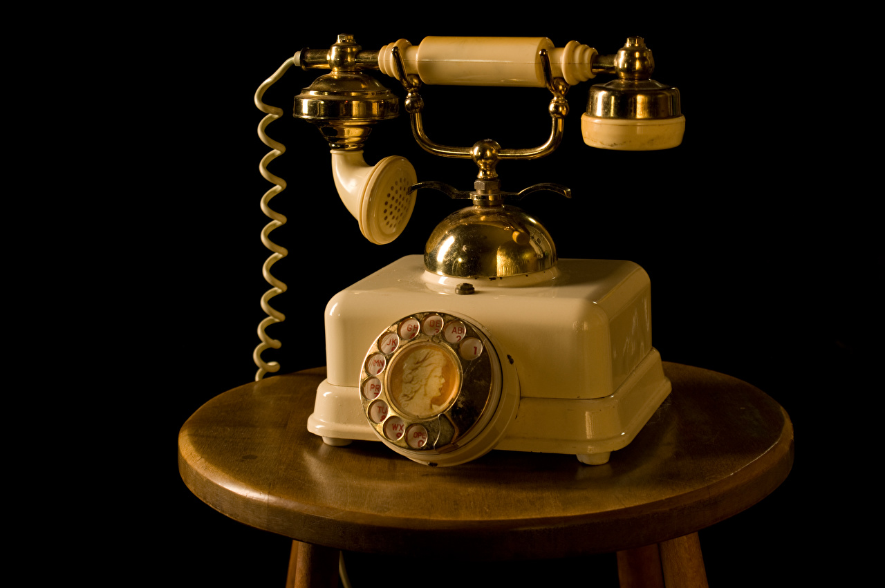 Retrô Fundo preto Telefone vintage