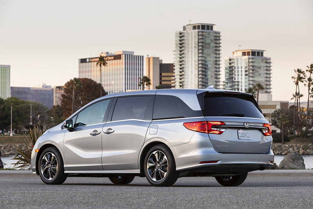Desktop Wallpapers Honda Odyssey North America, 2020 Minivan Silver color Cars Metallic auto automobile