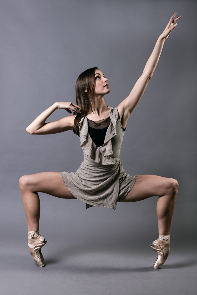 Photo Ballet Dance Kate Byrne Pose Girls Legs  for Mobile phone Dancing posing female young woman