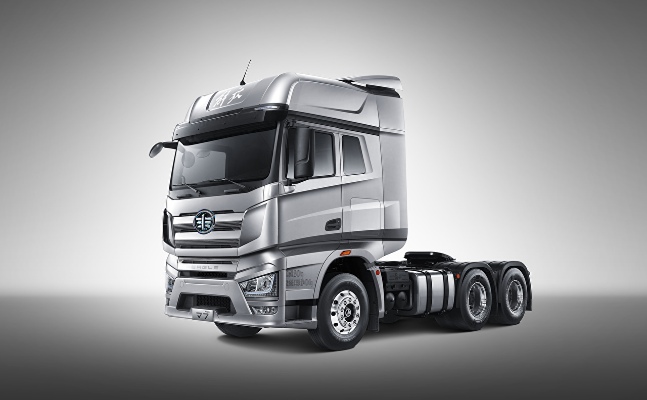 Pictures lorry FAW Jiefang J7 Eagle 6x4 Tractor, 2017-2020 Silver color Side automobile Gray background Trucks Cars auto