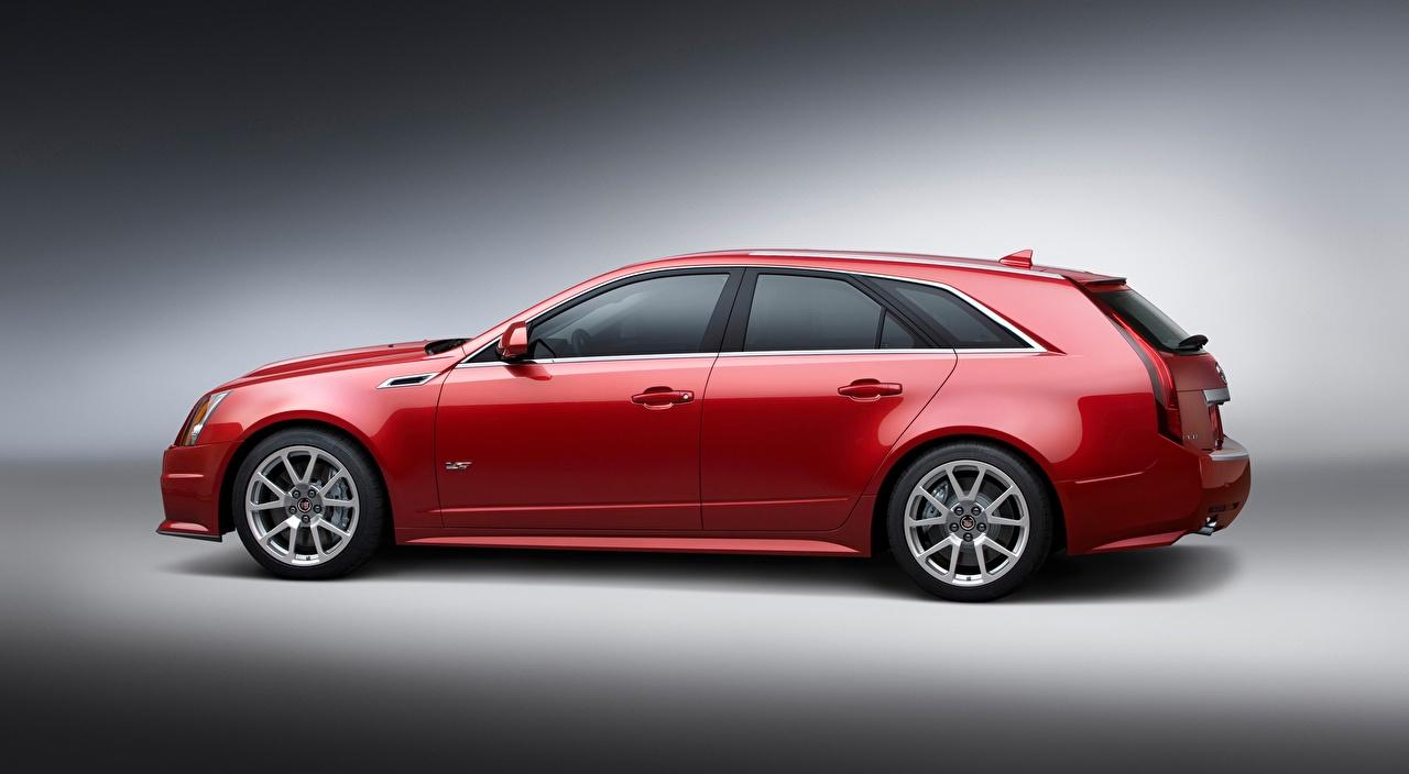 Bilder Cadillac Kombi CTS-V, Sport Wagon Rot Autos Seitlich Metallisch Grauer Hintergrund auto automobil