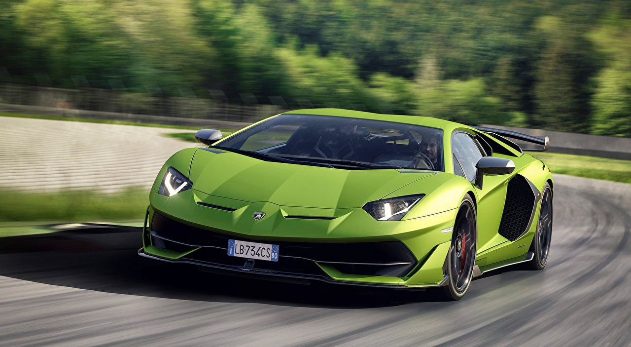 Images Lamborghini Bokeh Green riding Cars Front blurred background moving Motion driving at speed auto automobile