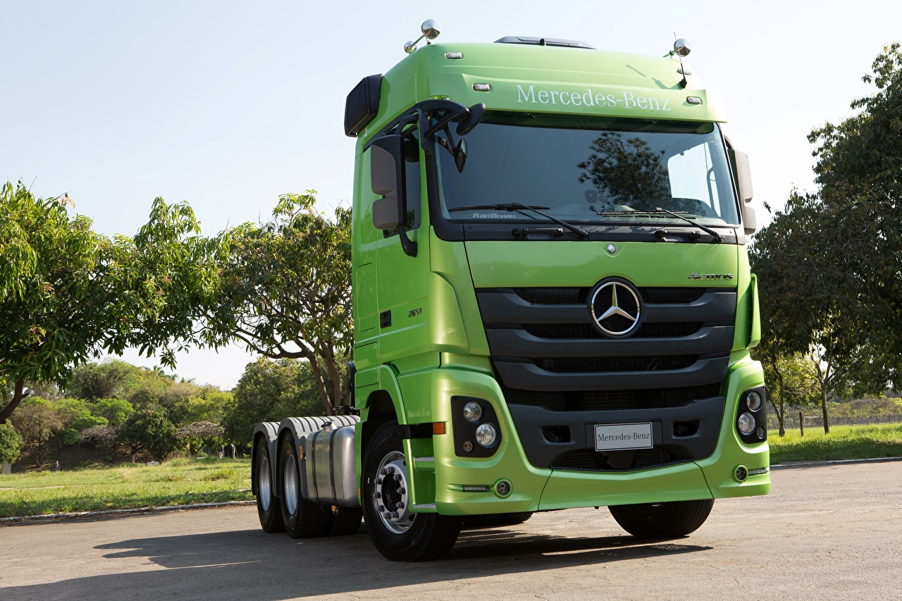 Photos lorry Mercedes-Benz Actros 2651, 2015 Green Cars Front Trucks auto automobile