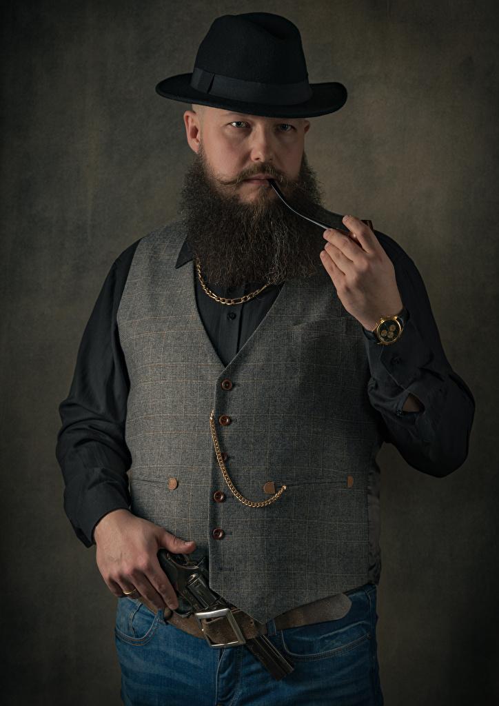Achtergronden bureaublad Pistolen een man smoking pipe, vest Ceintuur bebaarde Hoed  voor Mobiele telefoon pistool Mannen Riem Baard baarden