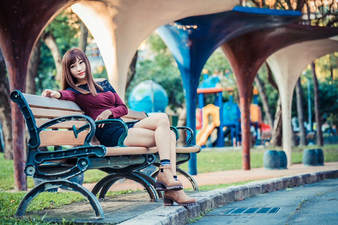 Images blurred background Girls Legs Asiatic sit Bench Staring Bokeh female young woman Asian Sitting Glance
