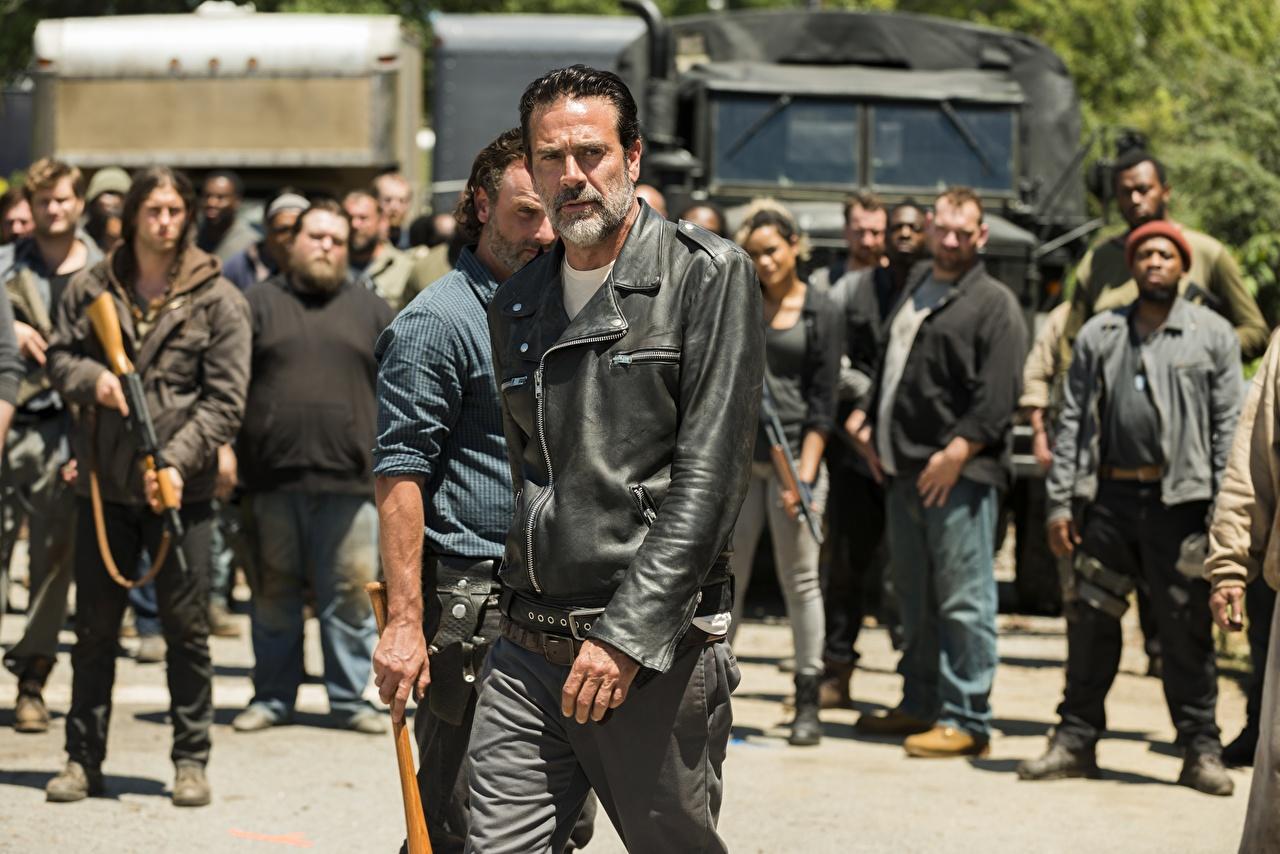 Image The Walking Dead TV Jeffrey Dean Morgan Men Season 7 Jacket People Movies Man film