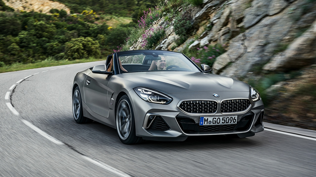 Picture BMW M40i Z4 2019 G29 Roadster Grey riding auto gray moving Motion driving at speed Cars automobile