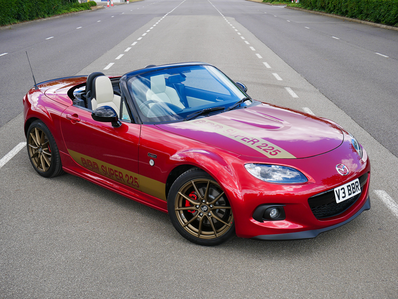 Photo Mazda 2020 MX-5 BBR Super Cabriolet Red Metallic automobile Convertible auto Cars