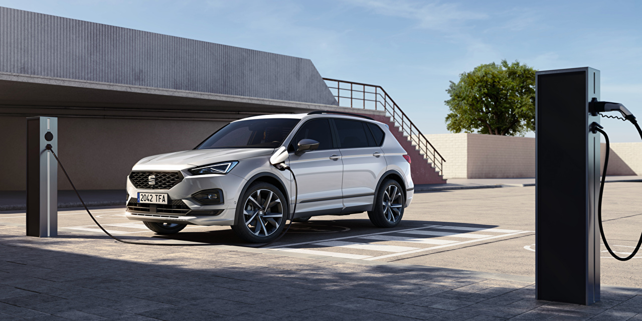 Pictures Seat Crossover Tarraco FR eHybrid, 2020 -- Hybrid vehicle Cars Metallic CUV auto automobile