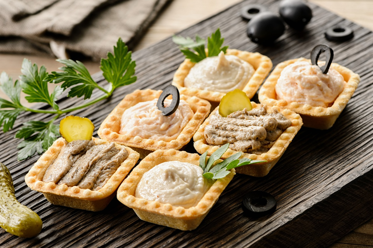 Photos Punch, tartlets, paste Olive Cucumbers Food Cutting board
