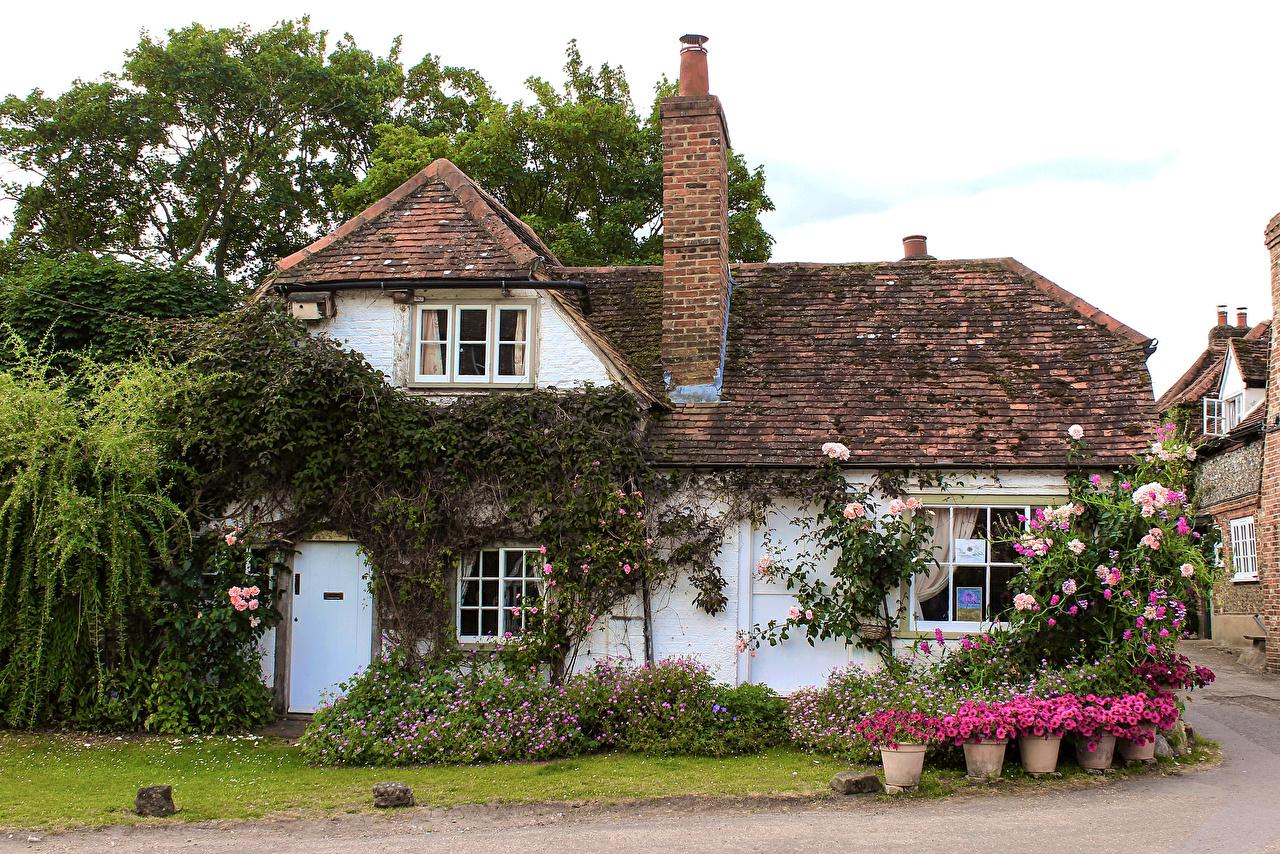 Картинки Англия Деревня Turville village, Buckinghamshire крыше Особняк Дома Города село поселок краши Крыша город Здания