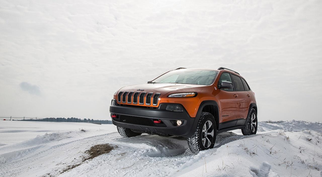Photo Jeep SUV Cherokee Trailhawk, 2015 Winter Orange Snow automobile Sport utility vehicle Cars auto