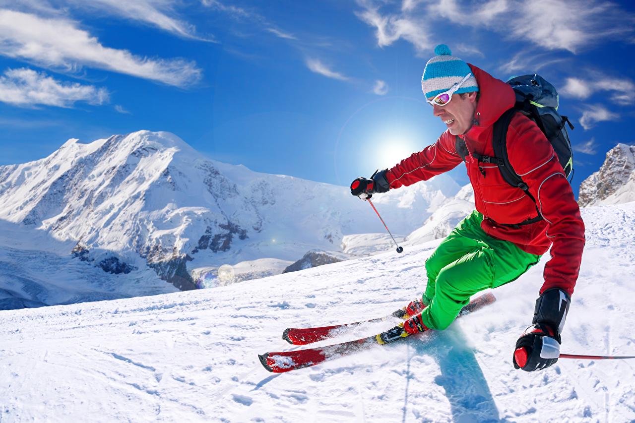 Foto Mann Sport Mütze Winter Gebirge Schnee Skisport
