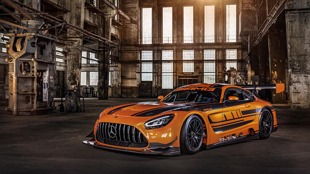 Mercedes-Benz_Tuning_2019_AMG_GT3_Orange_Metallic_565716_1280x720.jpg