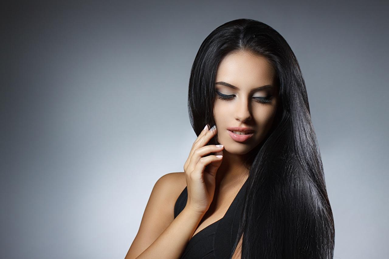 Desktop Hintergrundbilder Brünette Model Schminke hübscher Haar Mädchens Make Up Schön schöne hübsch hübsche schöner schönes junge frau junge Frauen